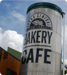 One of many Grand Central Bakery locations in Portland, OR