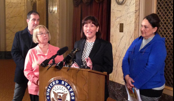 Congresswomen Murray and DelBene introducing the Healthy Families Act in Seattle
